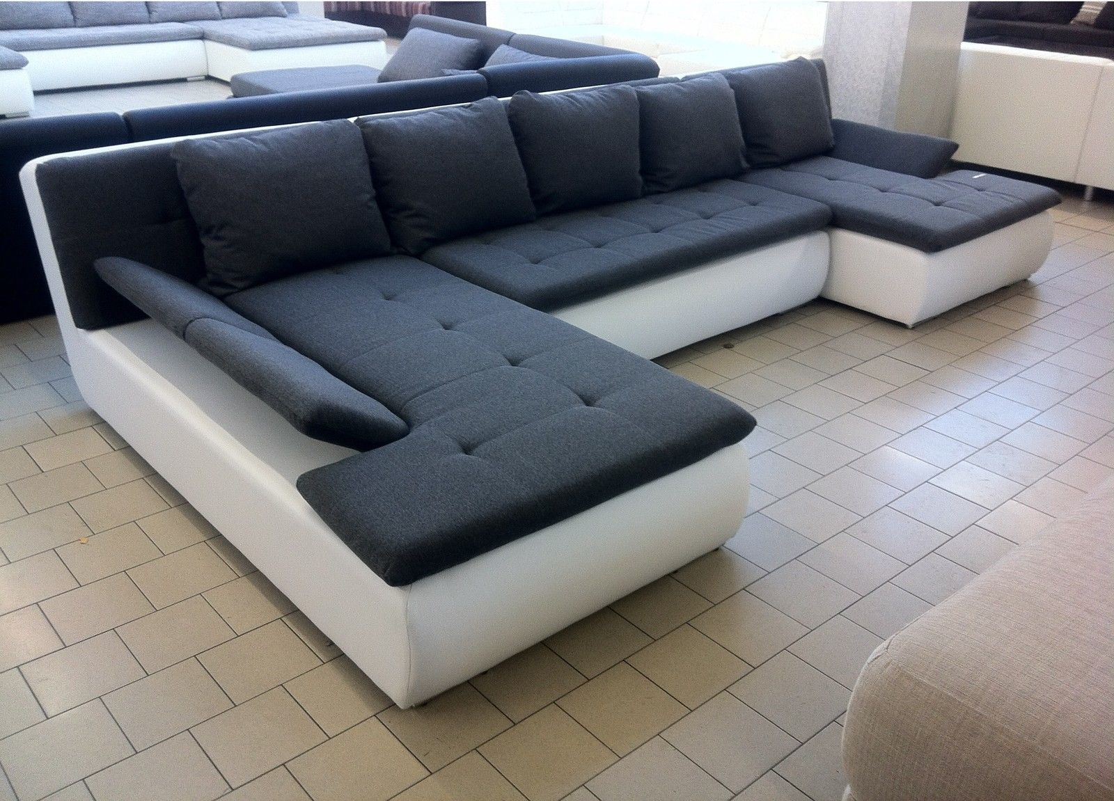 EDLE DESIGN WOHNLANDSCHAFT U FORM MEGA BIG SOFA U COUCH 360 Cm!